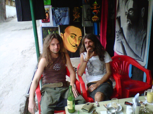 hippies-in-old-Manali